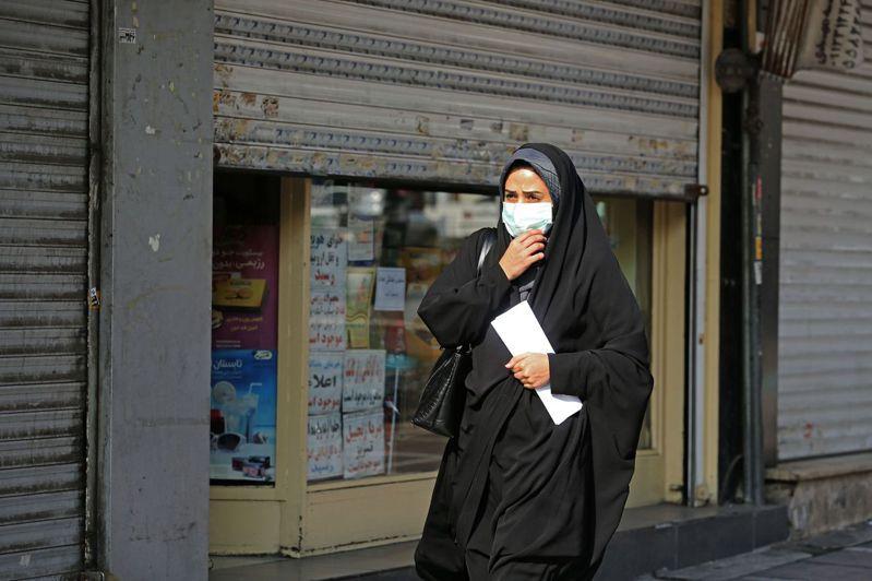 伊朗衛生部於3日表示,境內確診新冠肺炎的病例已超過100萬人,伊朗成為中東疫情最嚴重的國家。 法新社