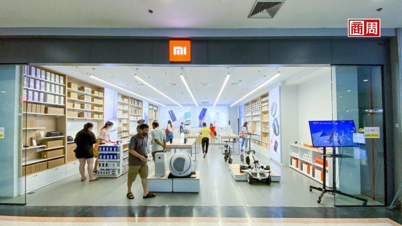 身為中國品牌進入印度的「第一人」,小米自從3年前奪下市占率第1後,迄今依舊維持霸...