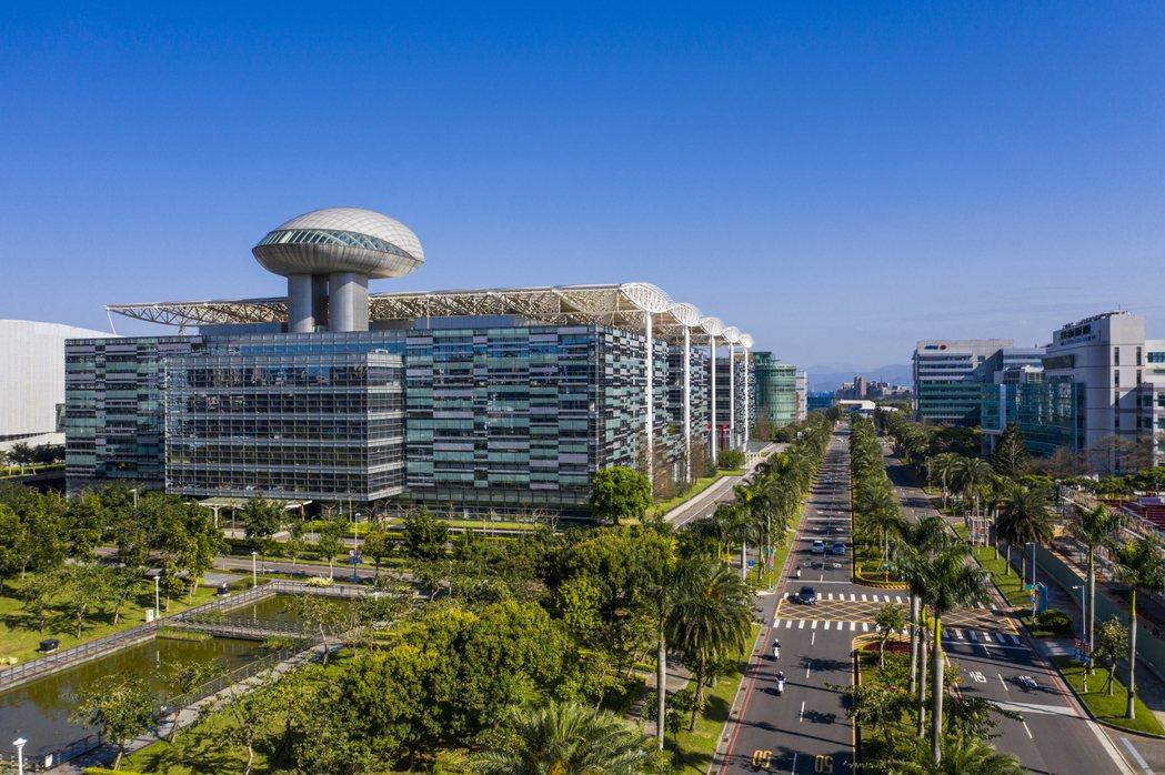 A7重劃區為北台灣新興重劃區中備受看好的績優潛力股,擁有產業聚落特色。 業者/提...