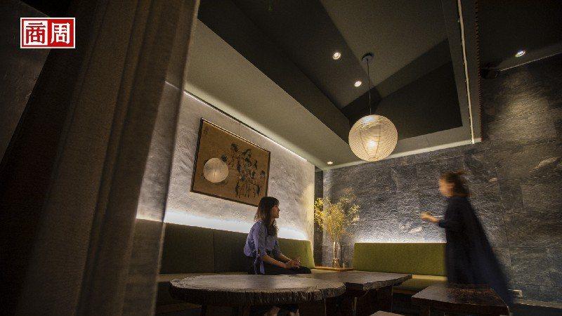 主理人劉明杰用茶與酒、設計與空間,詮釋心中的台灣,他的家鄉。(攝影者.郭涵羚)