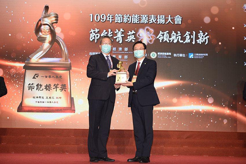 國立臺灣科技大學為全國唯一獲得金獎殊榮的大專院校。 臺科大/提供