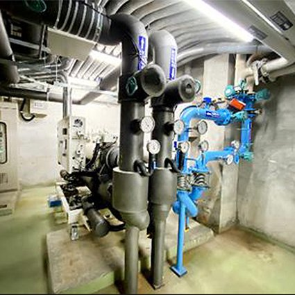 兼備空間重整及回水溫控變頻冰水主機。 臺科大/提供