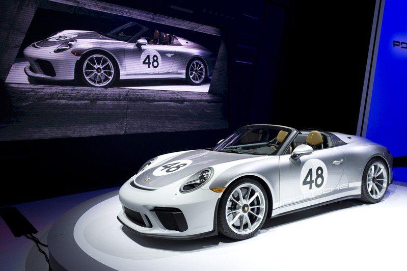 2020年式Porsche 911 Speedster經典版去年4月在紐約汽車展上展示。美聯社