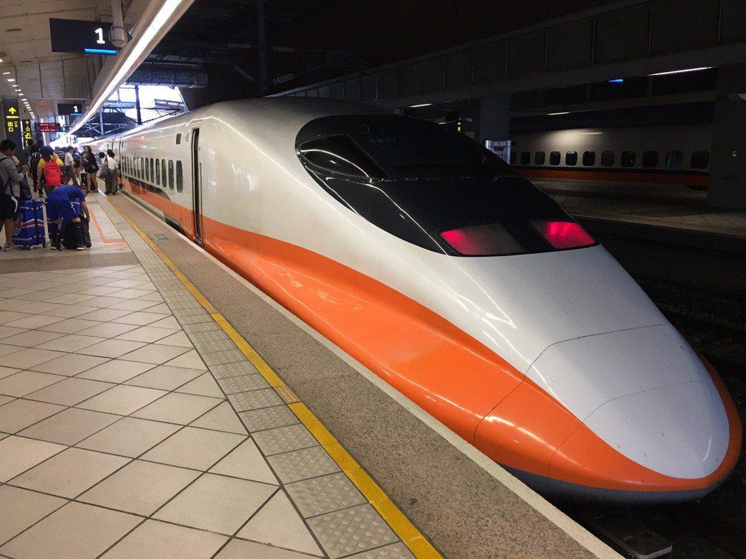 台灣高鐵為因應年底旅運需求,12月下旬週末增開九班次,12月5日開放購票。記者楊...