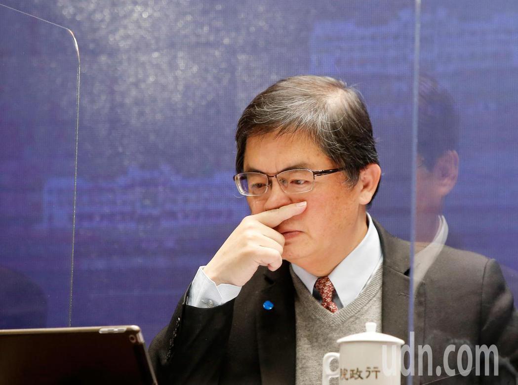 行政院上午舉行院會通過「健全房地產市場方案」,會後記者會上秘書長李孟諺表示,房子...