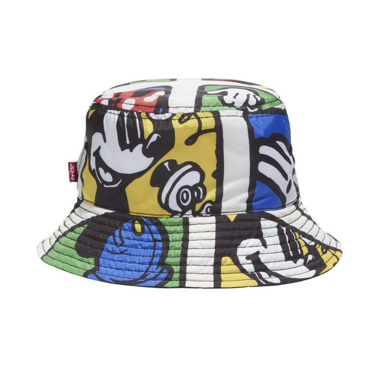 LEVI'S與迪士尼合作系列漁夫帽1,290元。圖/LEVI'S提供