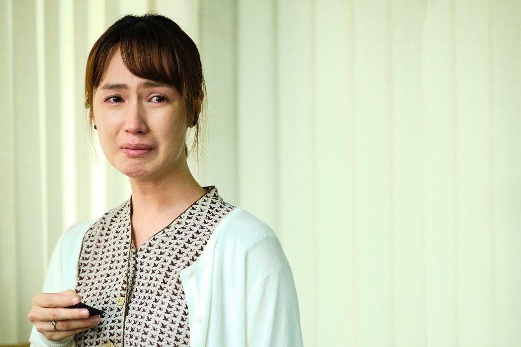 小薰在「大債時代」中哭戲多。圖/公視提供