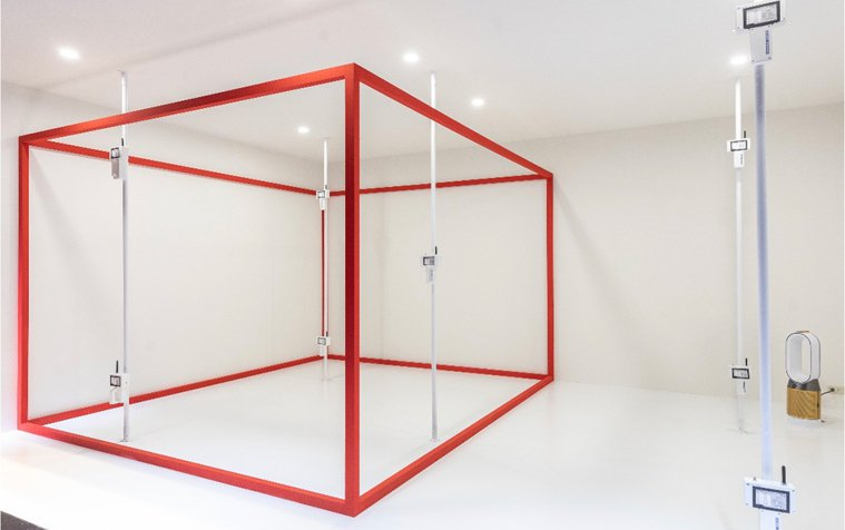Dyson模擬實際居家環境,打造「POLAR淨化均勻度實驗室」,確保設備實際效能...