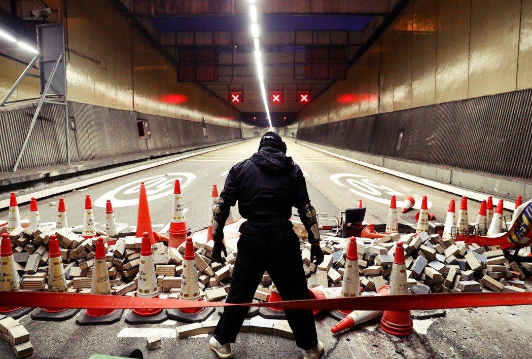 《國安法》自今年6月上路至今,香港改變了什麼?運動量能有無可能全面潰散?民主派人...