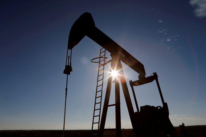 美國德州Loving County一座原油幫浦。 路透
