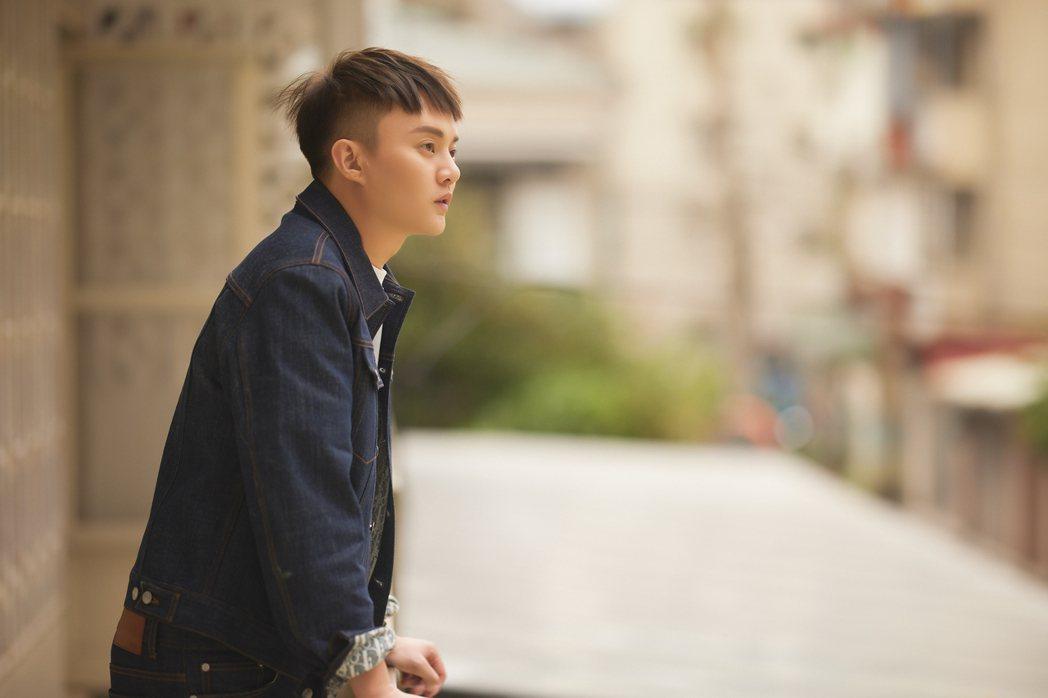 許富凱的新專輯「拾歌」本周數位上線。圖/凱聲影藝提供