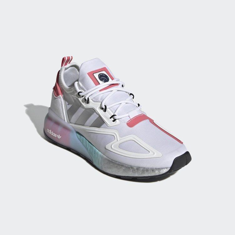 adidas Originals Space Race系列鞋款5,290元。圖/...