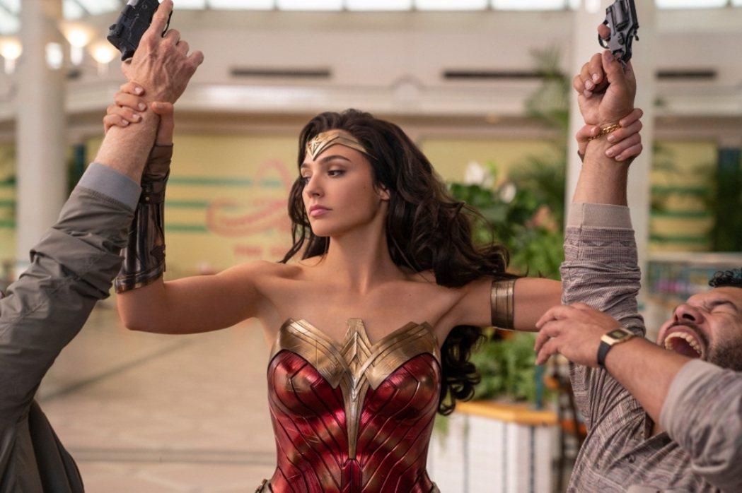 「神力女超人1984」率先嘗試在美國戲院與HBO Max同步推出。圖/摘自imd