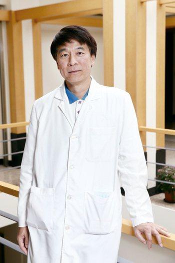 李信興 振興醫院過敏免疫風濕科主任 記者許正宏/攝影