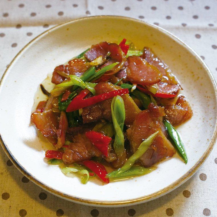 臘肉炒蒜苗 圖/太陽臉提供