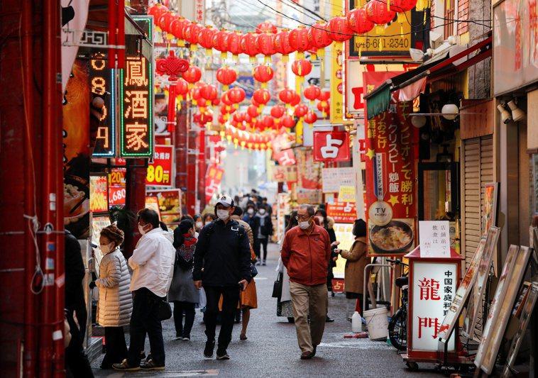 日本東京都的2019冠狀病毒疾病(COVID-19)疫情持續延燒,今天通報新增5...