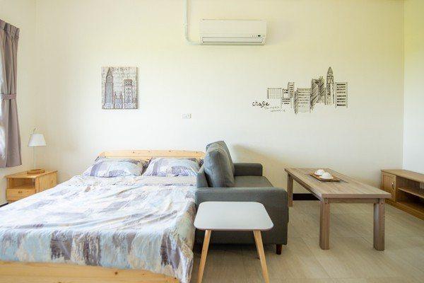 桃園市的社會住宅附冷氣家具,3房最高租金1萬2,700元。圖/翻攝自桃園市長鄭文燦Facebook
