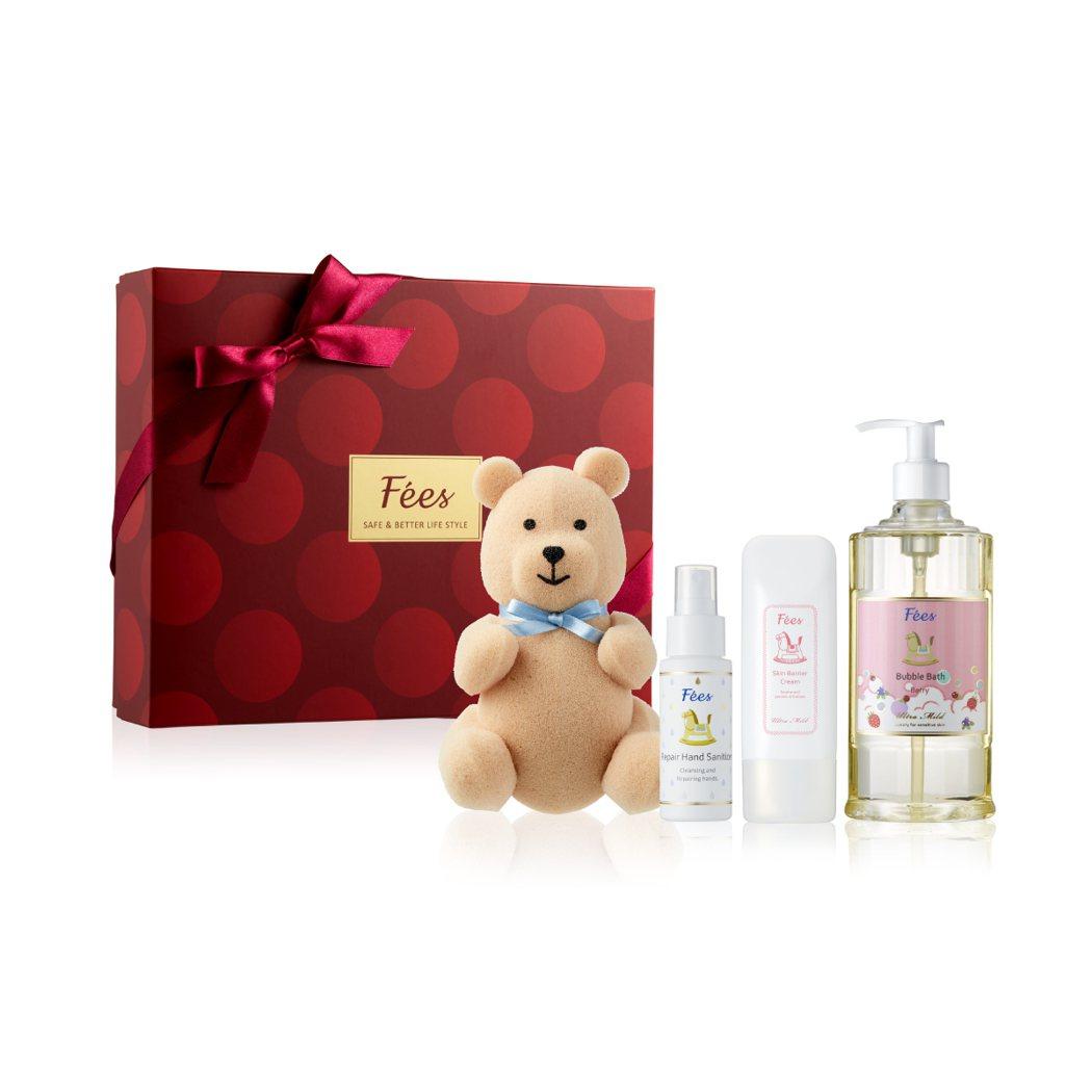 Fées法緻今年的聖誕禮盒有著全新風貌,體面的紅、金配色傳遞佳節美好能量。 圖/...
