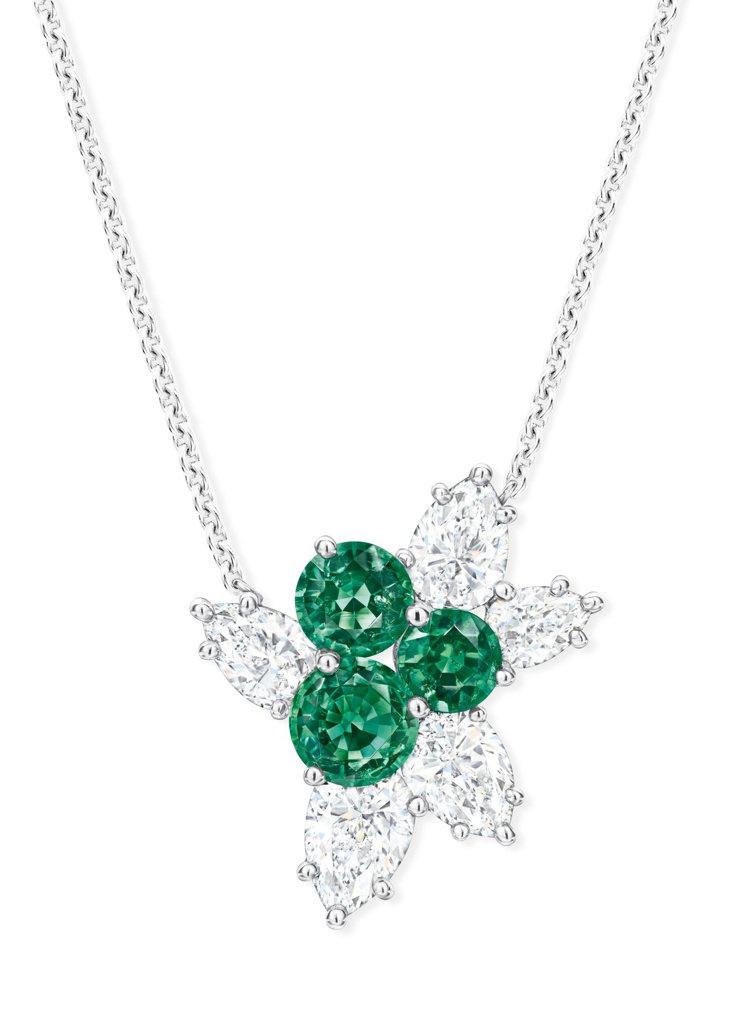 海瑞溫斯頓Berry Cluster祖母綠及鑽石墜鍊,3顆圓形明亮式切工祖母綠總...