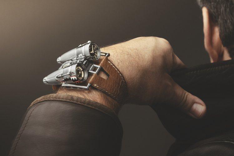 HM4曾為紐約時報評選為10只為世代帶來改變的腕表之一,今天品牌帶來一只以二次世...