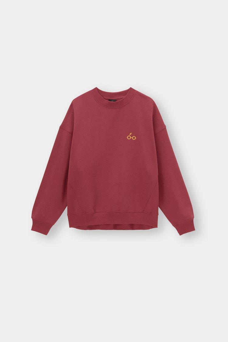 GU哈利波特聯名系列女裝圓領衫790元。圖/GU提供