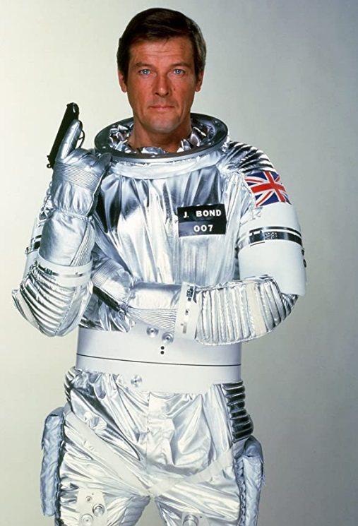 007在羅傑摩爾時期,也曾經有「太空城」這樣的內容。圖/摘自imdb