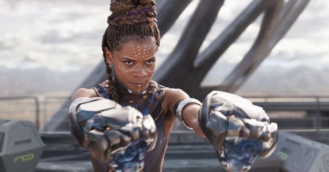 蕾蒂夏萊特在「黑豹」中的角色受歡迎,卻因網路上轉發短片引起網友圍勦還被要求撤換。...