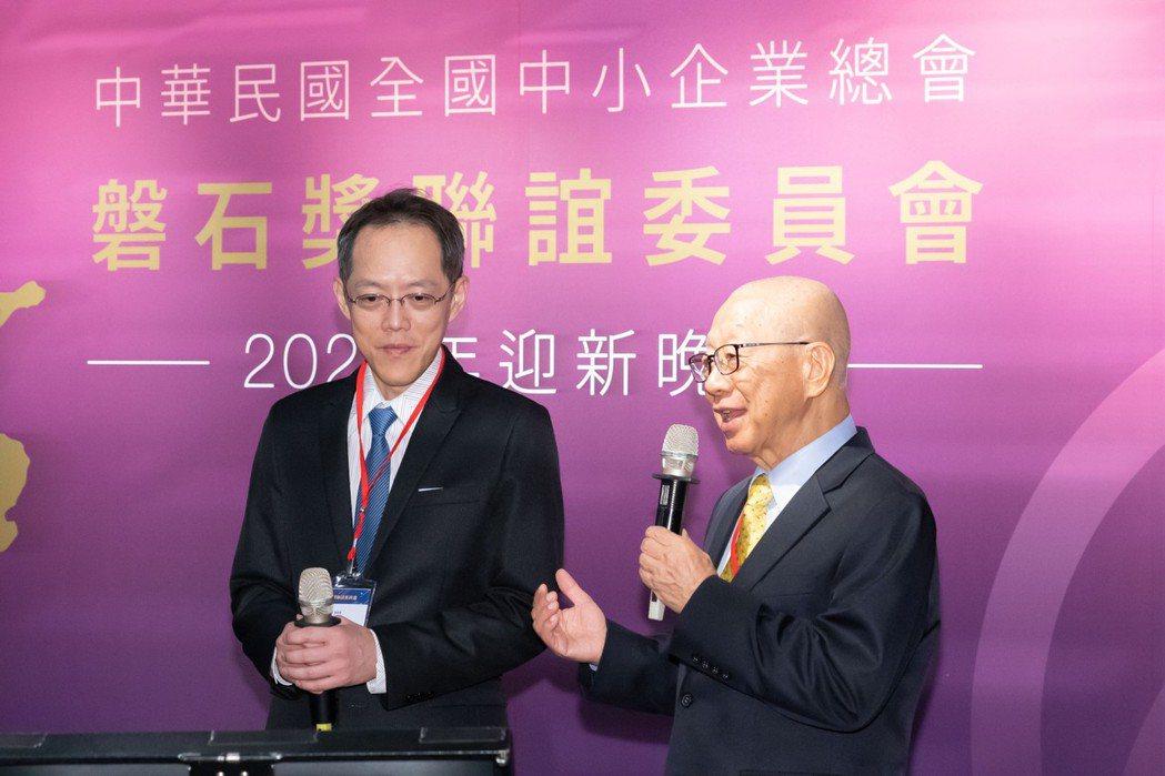 本土公司董事長林森(右)總經理林益民(左)。 本土公司/提供