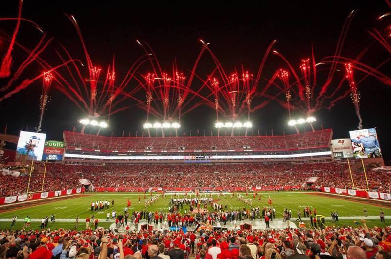 昔日熱鬧的雷蒙德詹姆斯體育館在明年的超級盃可能無法有往日光景。(photo by RJstadium facebook)