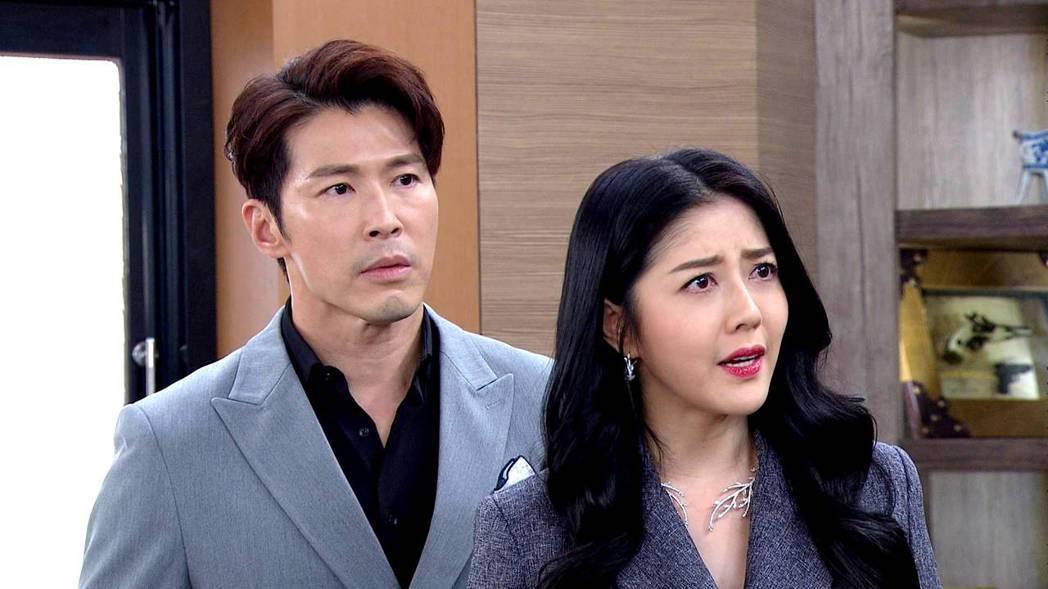 韓瑜(右)與黃少祺演夫妻。圖/三立提供