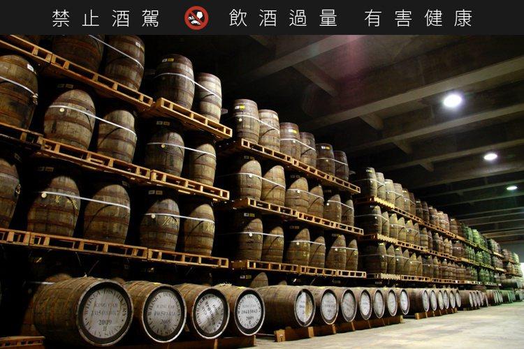 噶瑪蘭酒廠熟成倉庫。圖/金車噶瑪蘭提供。提醒您:禁止酒駕 飲酒過量有礙健康。