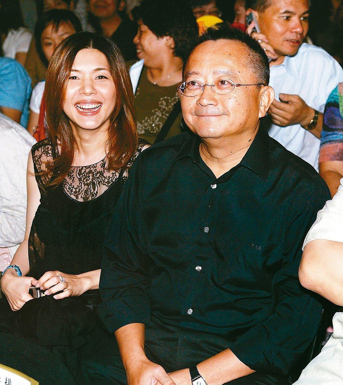 張清芳(左)和宋學仁離婚,震驚演藝圈。本報資料照