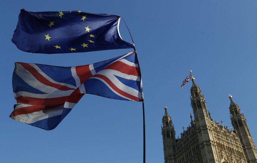英國7日再度重申不會延長脫歐過渡期。美聯社