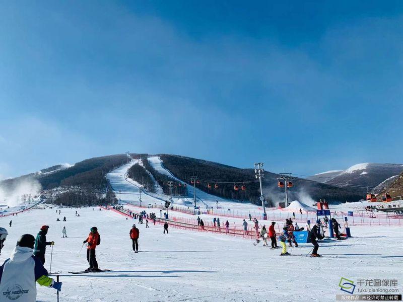 正值冬季,崇禮已吸引不少人前往滑雪。取自千龍網