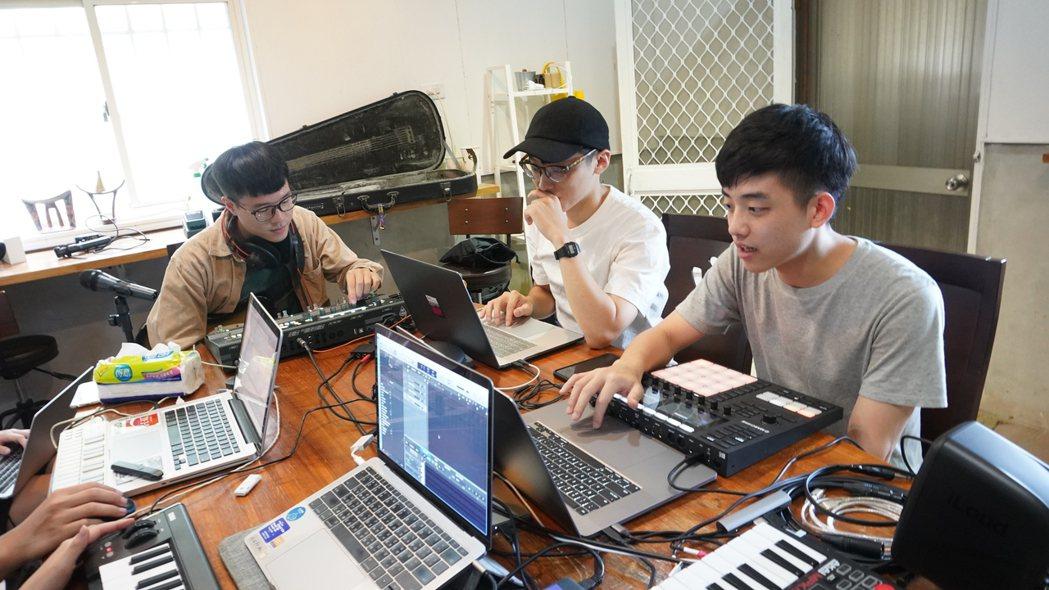 「豐田移創所」邀請八名音樂創作者,來到農村創作音樂。 圖/豐田移創所提供