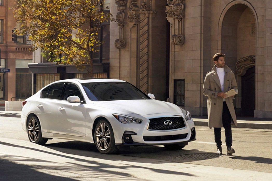INFINITI針對旗下兩大熱銷車型,推出「Q50旗艦馭樂款」、「QX50風尚馭...