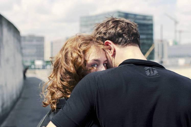 德國名導克里斯汀佩佐(Christian Petzold),今年推出描述愛情與背叛的新作「水漾的女人」(Undine),除勇奪柏林影展國際影評人費比西獎,更將25歲女星寶拉貝爾(Paula Beer...