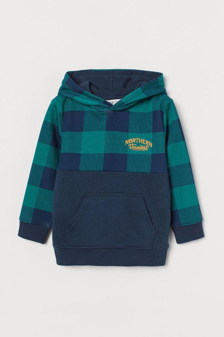 H&M棉質混紡男童連帽上衣,原價499元,特惠價250元。圖/H&...