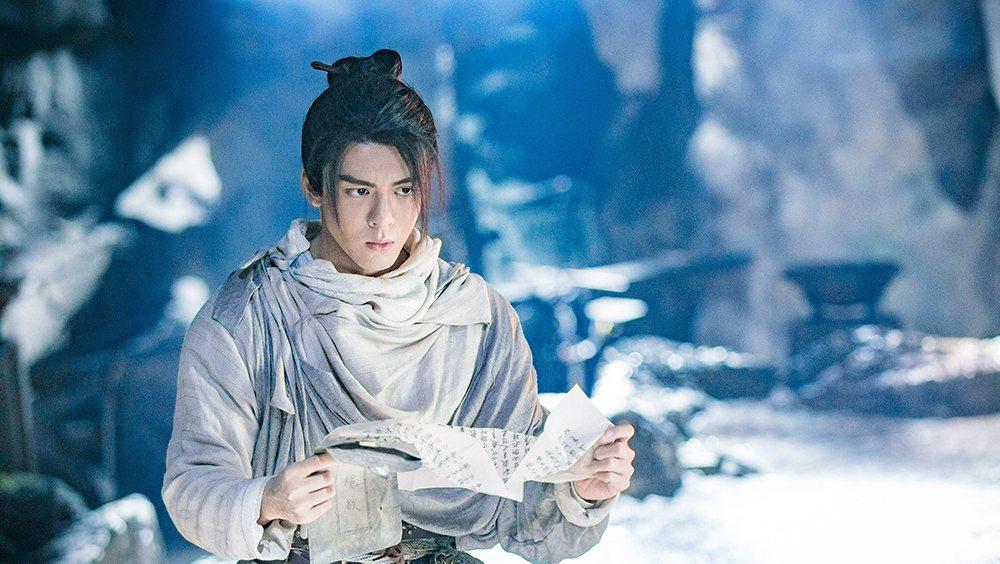 新版「倚天屠龍記」由新生代演員曾舜晞演出「張無忌」。圖/中天娛樂台提供