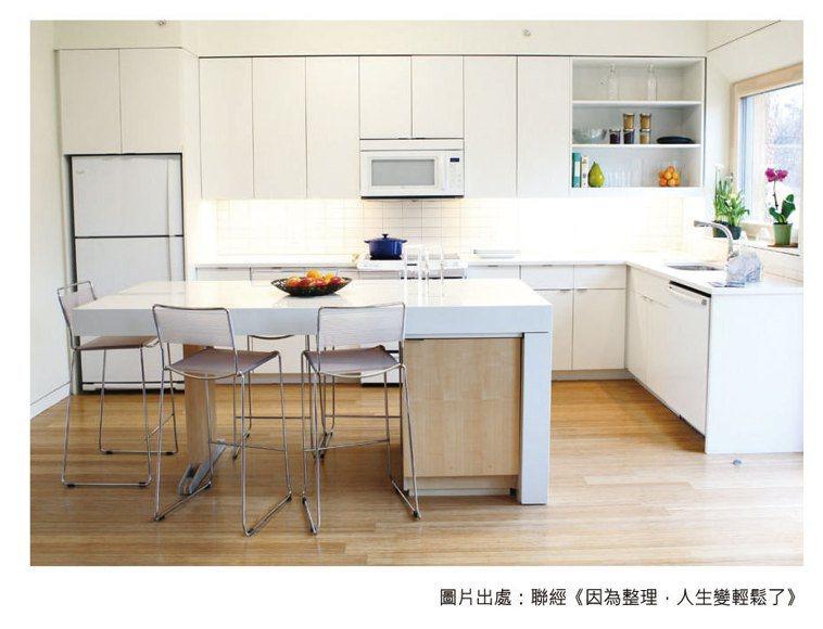 廚房是非常需要方便整理的空間,不論是流理台或水槽,都盡量不要放置東西較好。 圖/...
