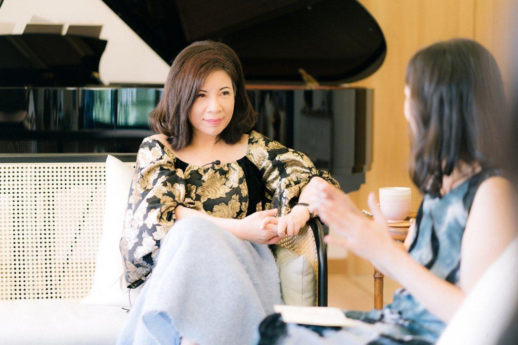 陳文茜與蔡璧名談「愛」。圖/有鹿出版社提供、林煜幃攝影