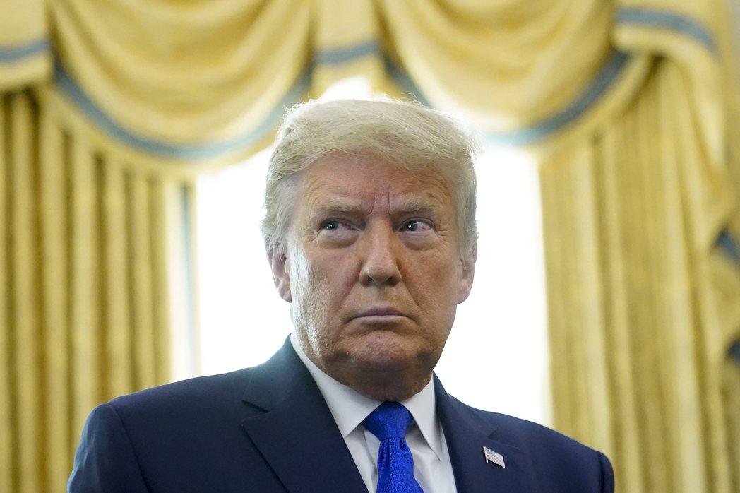 美國總統川普12月2日在白宮發表錄影演說,自稱「可能是我發表過最重要的演說」。 圖/美聯社
