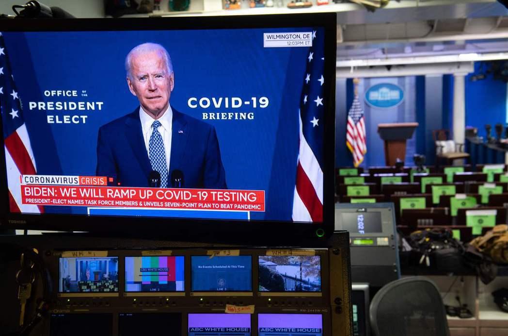 美國主流媒體在選戰中的集體表現,已經留下足以挑戰新聞報導原則的歷史紀錄。 圖/法新社