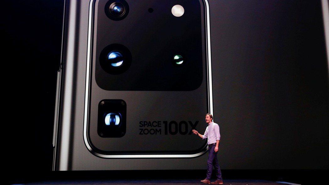 據傳三星將提高CMOS影像感測器產能,挑戰Sony的龍頭地位。 路透