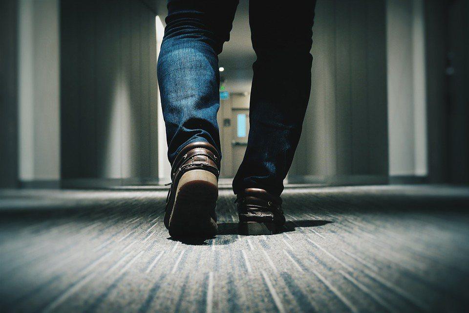 茉莉氏症候群會因血液不易進入下肢,會出現勃起困難、腳麻跛行,呼籲民眾切勿輕忽,盡...