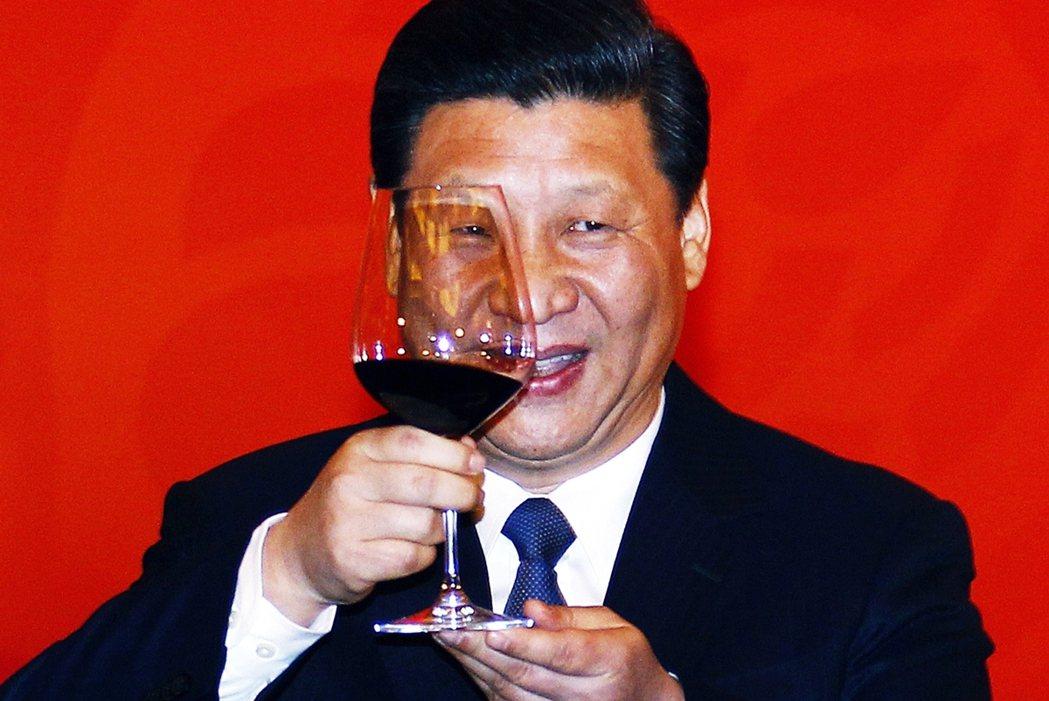 面對中國祭出限澳令,禁止大麥、糖、棉花、葡萄酒、煤炭、龍蝦、木材和銅等10多項澳...