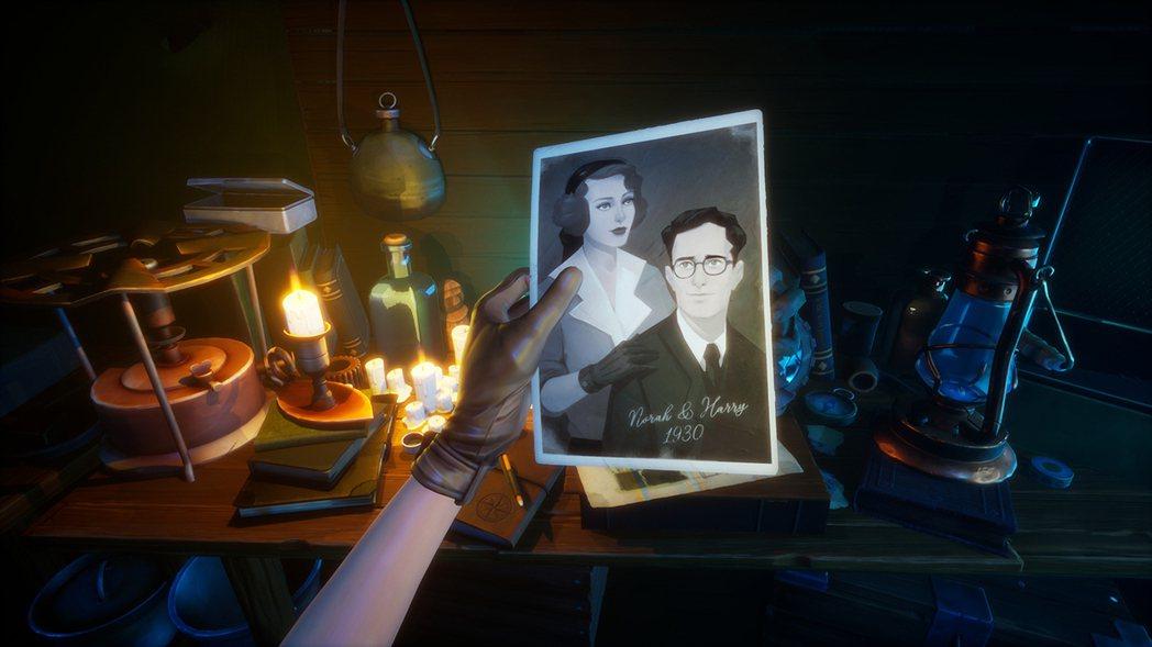 透過照片、紙條來解密丈夫與探險隊的蹤跡