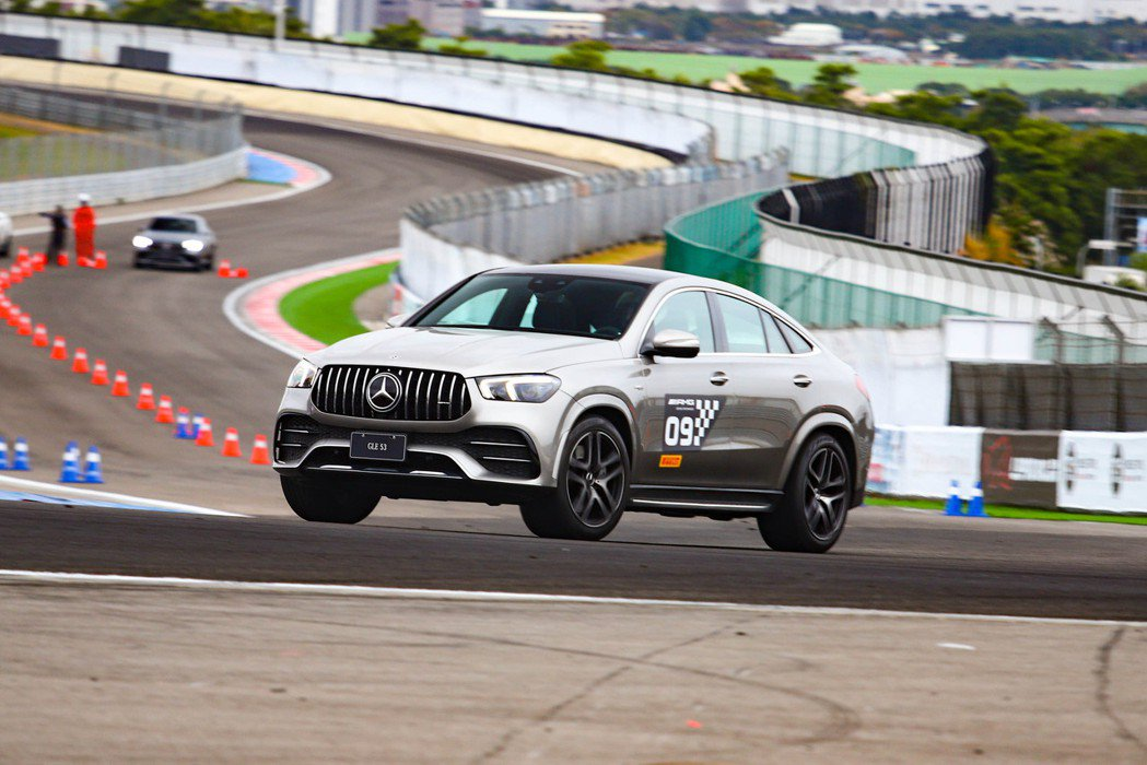 Mercedes-AMG GLE 53 4MATIC+ Coupe。 記者張振群...