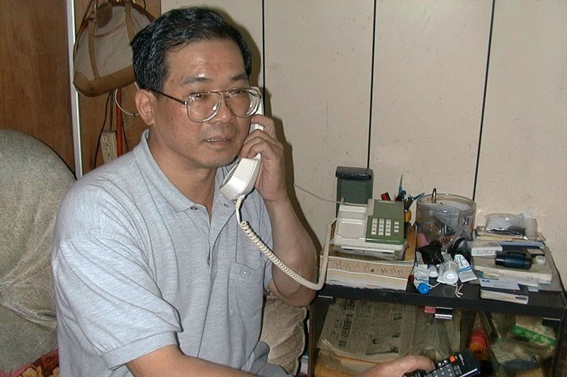 可望獲特赦的蘇炳坤接受各界道賀,攝於2000年。 圖/聯合報系資料照