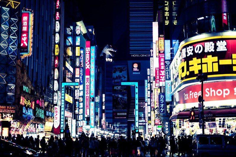 新冠疫情旅客锐减,旅行社长期以来在日本各地广设实体门市招揽生意的作法,已到非改变不可的时刻。(网路截图)(photo:UDN)